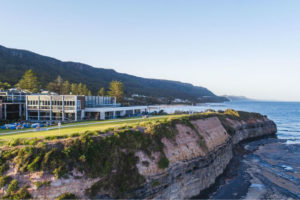 Wollongong Local Tour's lunch venue at Headlands Hotel in Austinmer view of the hotel and Coastline